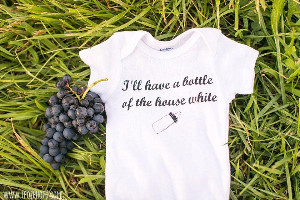 Black Ankle Winery Maternity Session || tPoz Photography || www.tpozphoto.com
