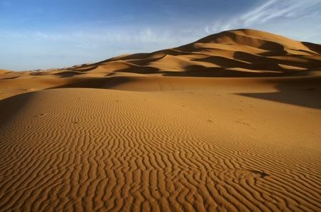 Erg-Chebbi-Merzouga-Sahara-Golden- Dunes