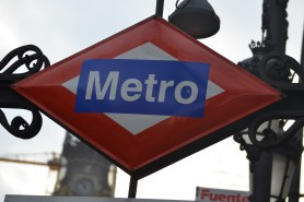 metro-2345770_1920