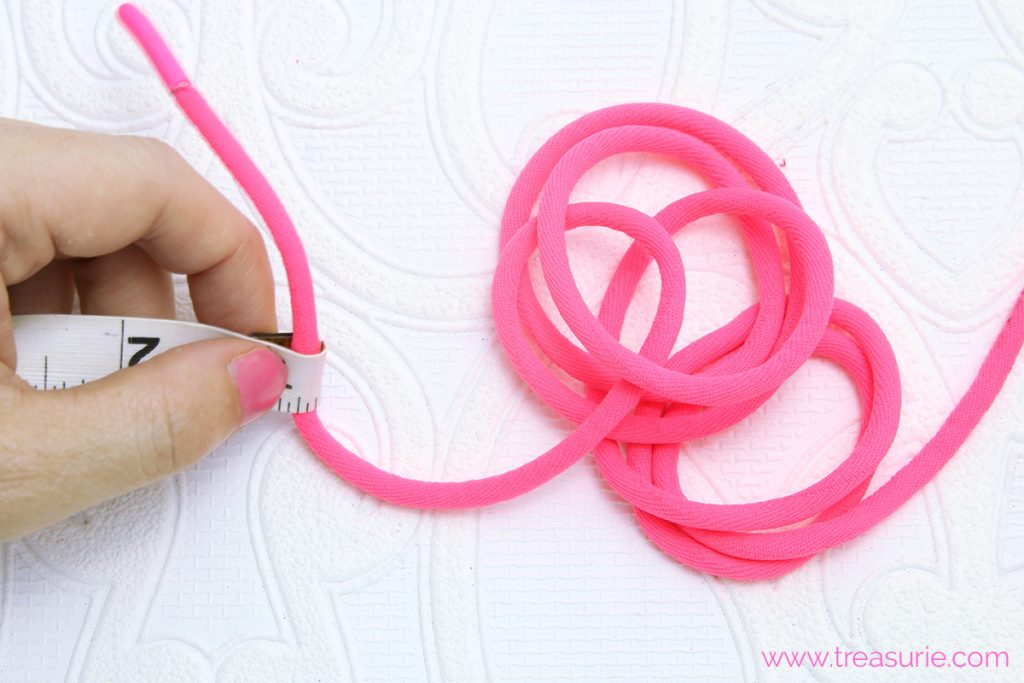 How to Make Piping - Measuring