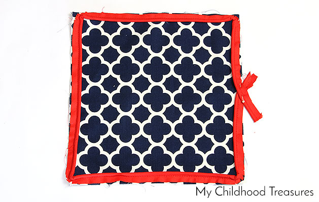 how-to-sew-a-cushion-cover-with-piping-6