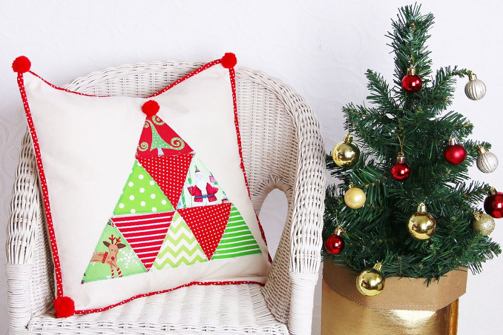christmas-cushion-2