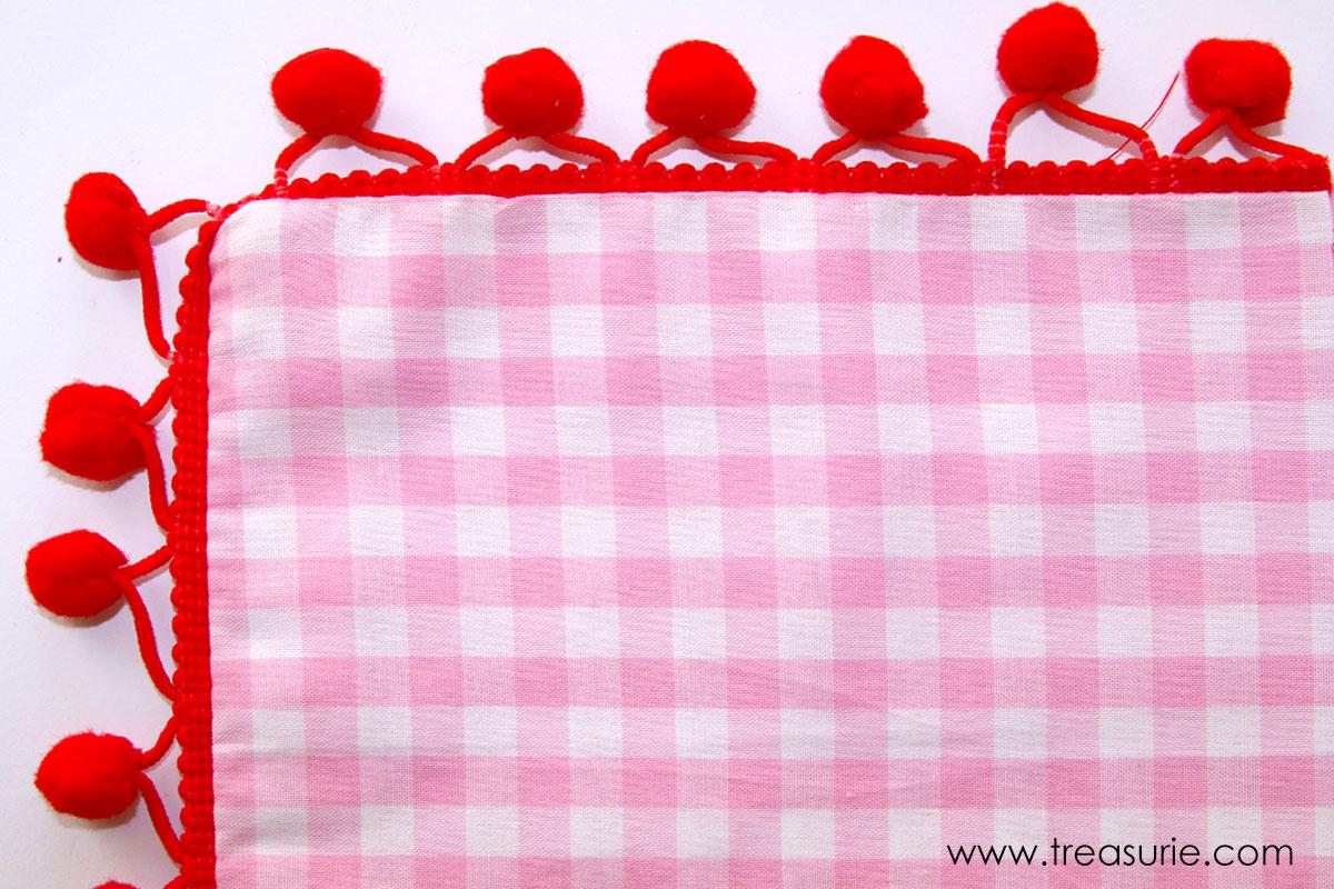 How to Sew Pom Pom Trim Around Corners