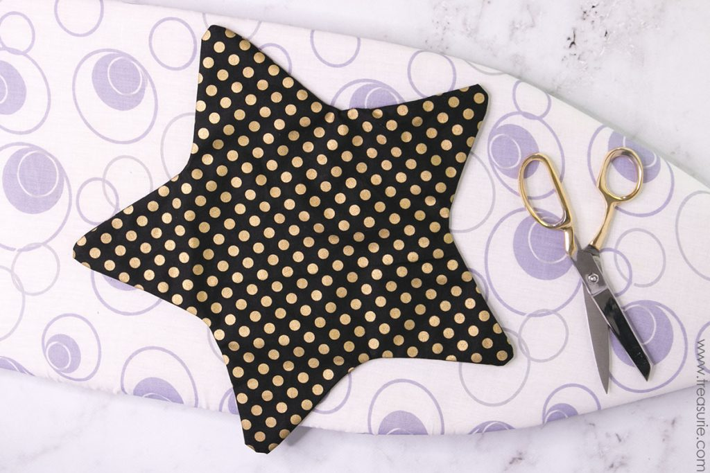 Star Pillow Pattern - Press