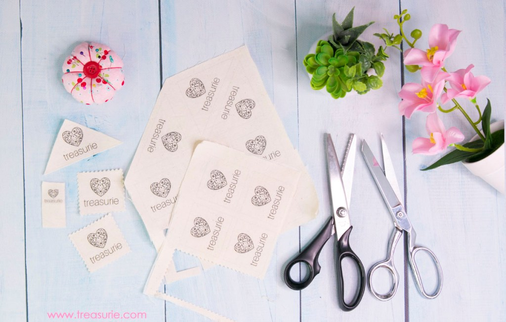 make your own clothing labels, diy fabric labels