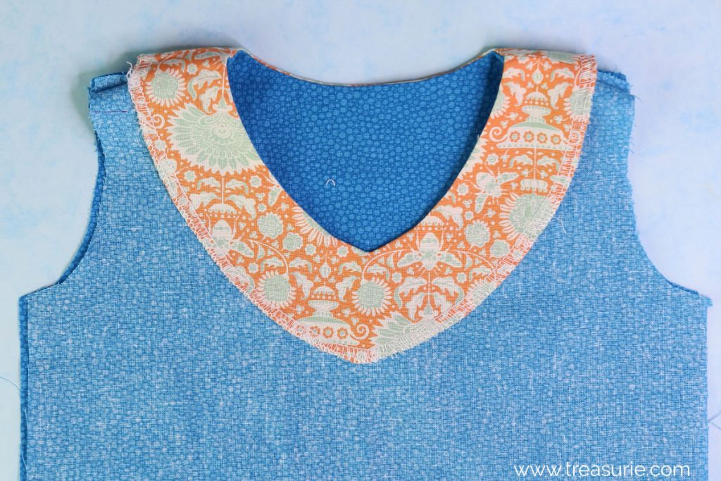 Sewing Facings - V Neck (INSIDE)