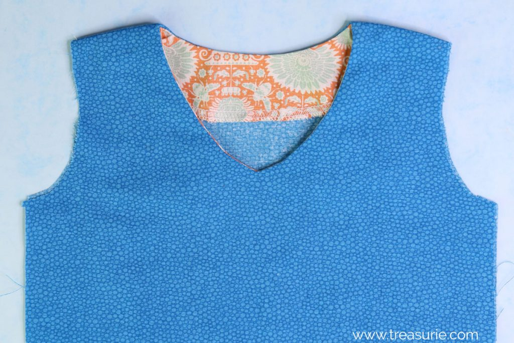 Sewing Facings - V Neck (OUTSIDE)