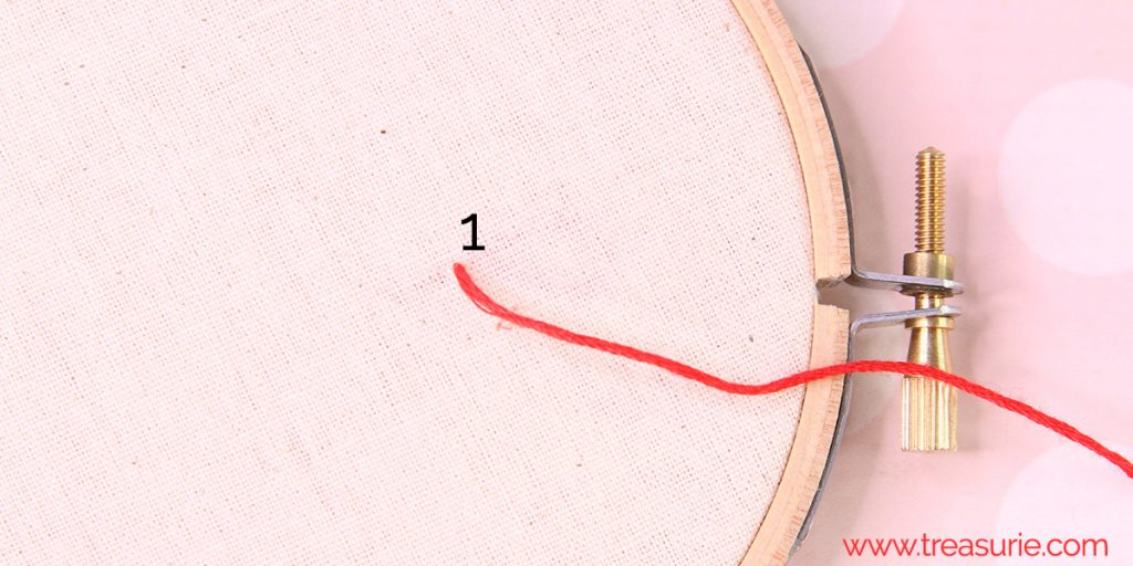 chain stitch step 1