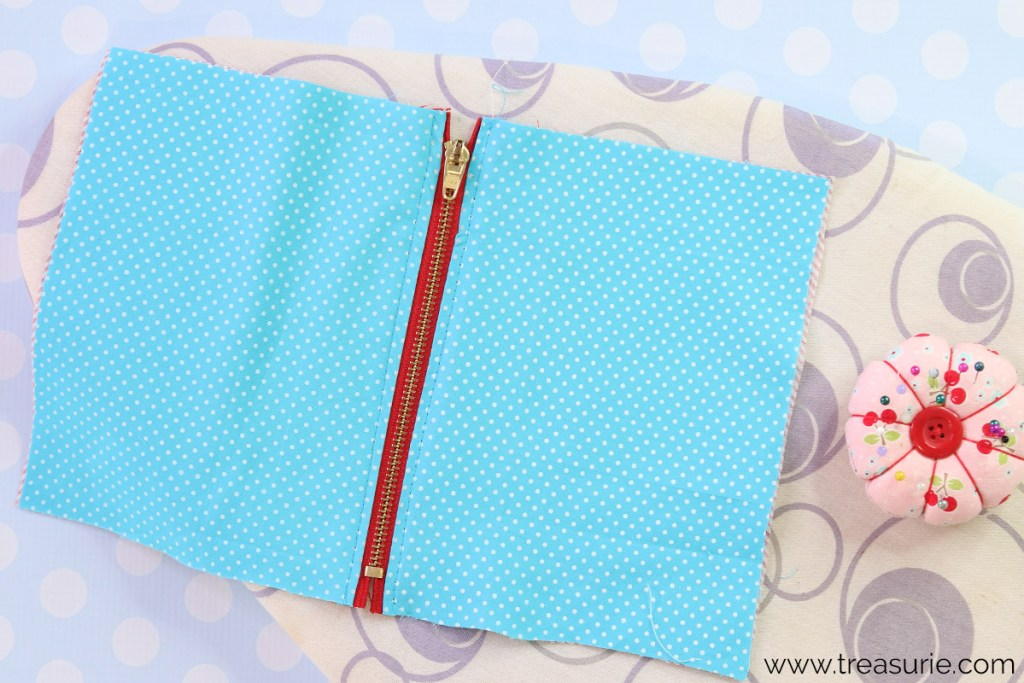 step 4: how to sew a zipper pouch