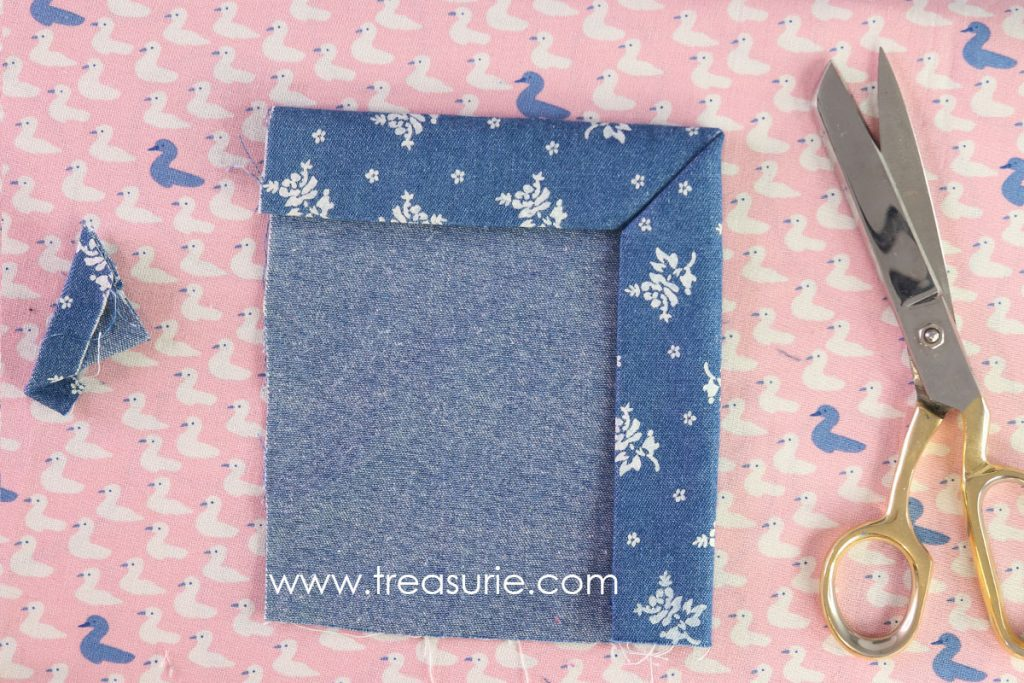 How to Sew Mitered Corners - Fold