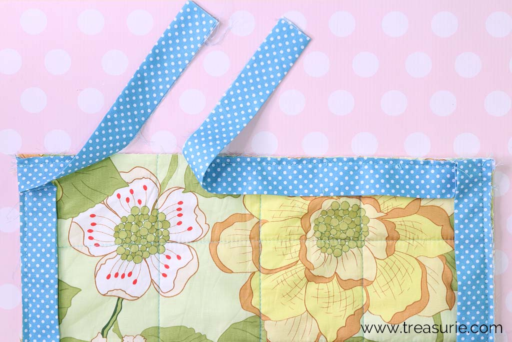 How to Bind a Quilt at the Ends