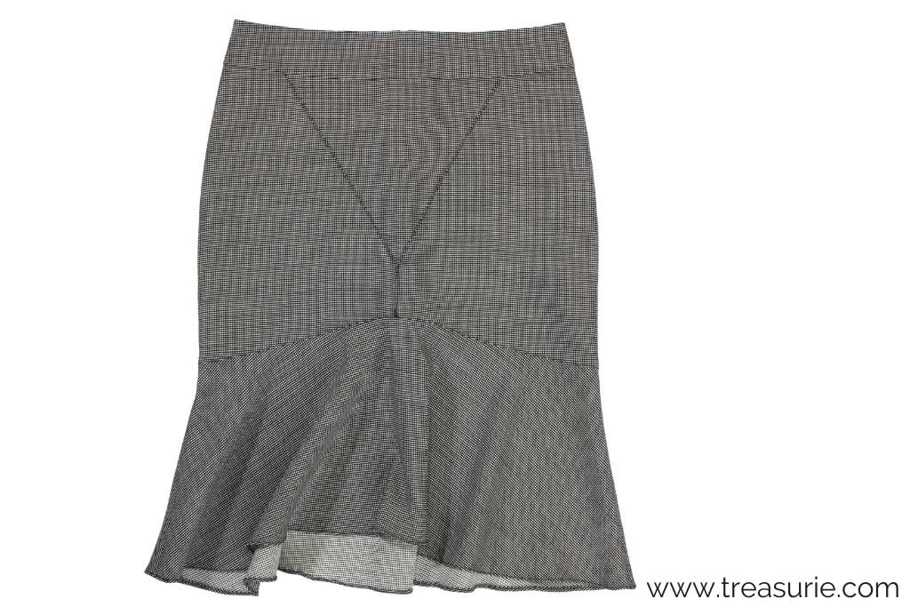 How to Sew a Flounce on a Skirt