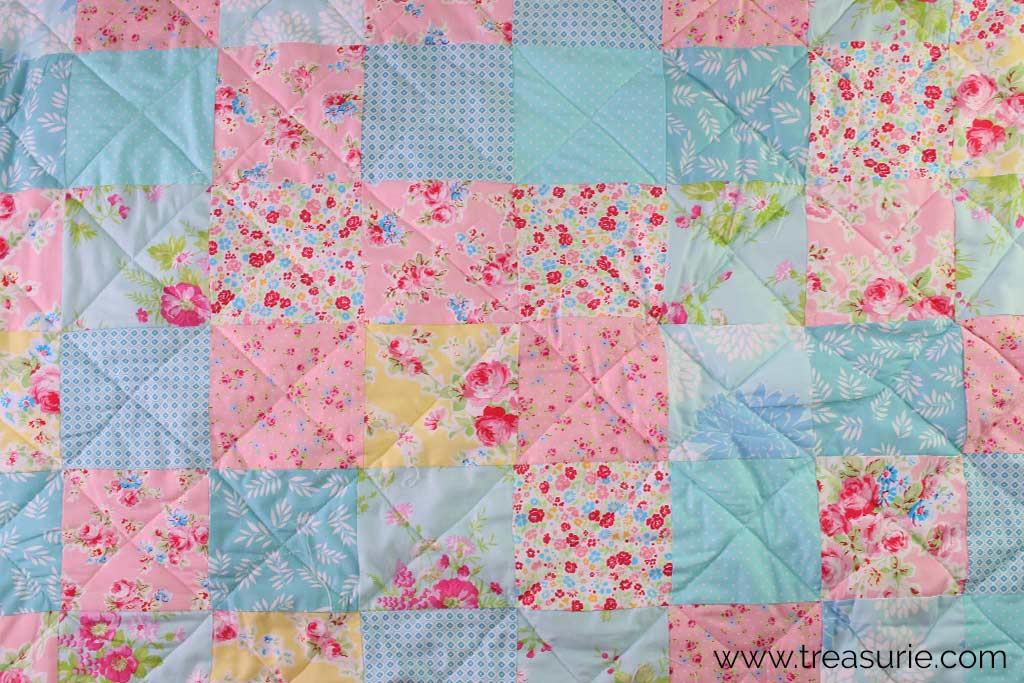 How to Make a Baby Quilt - Quilting the Layers