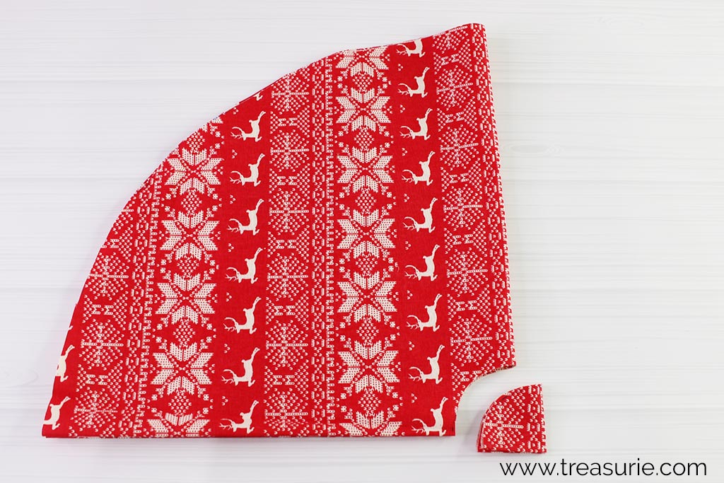 Christmas Tree Skirt Pattern - Cutting