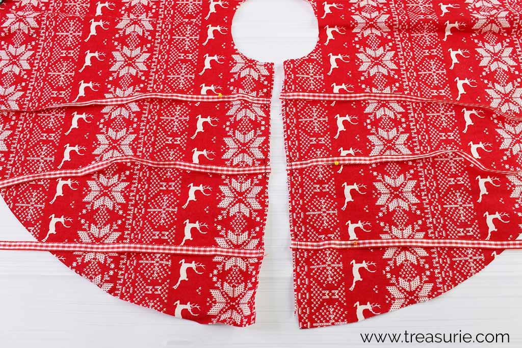 Christmas Tree Skirt Pattern - Baste Ribbons