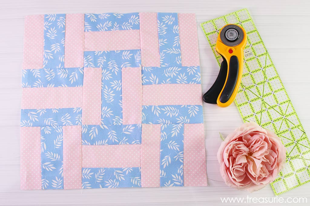 Nine Patch Quilt Block - Strip Piecing