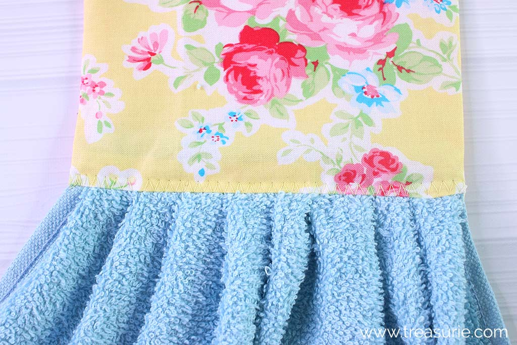 Hand Towel Pattern - Zig Zag
