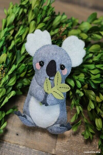 Free Stuffed Animal Patterns from Lia Griffith