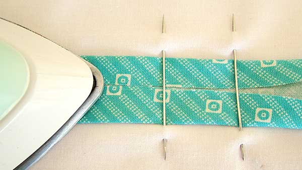 How to Use a Bias Tape Maker - Alternative
