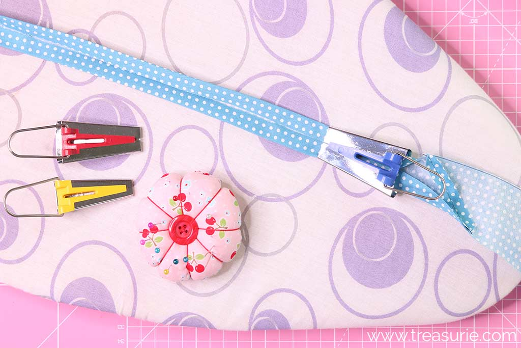 How to Use a Bias Tape Maker - Press