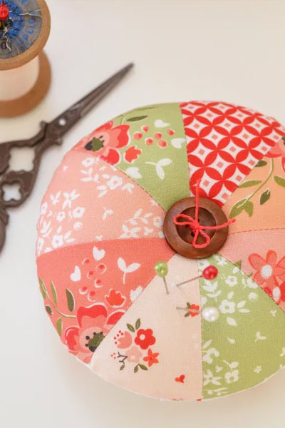 Pincushion Patterns #10 from Diary of a Quilter