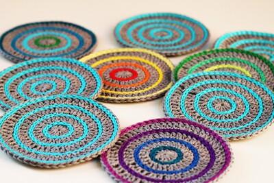 Free Crochet Coaster Patterns from Haak Maar Raak