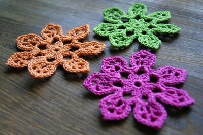 Free Crochet Flower Patterns from 6ichthusfish