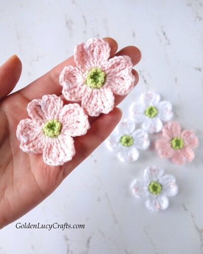 Free Crochet Flower Patterns from Golden Lucy Crafts