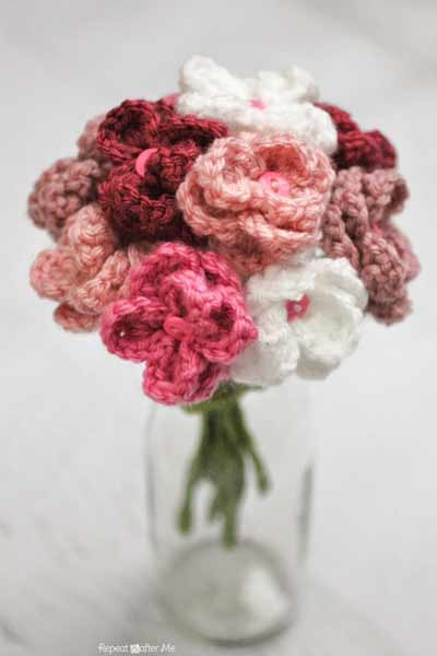 Free Crochet Flower Patterns from Repeat Crafter Me