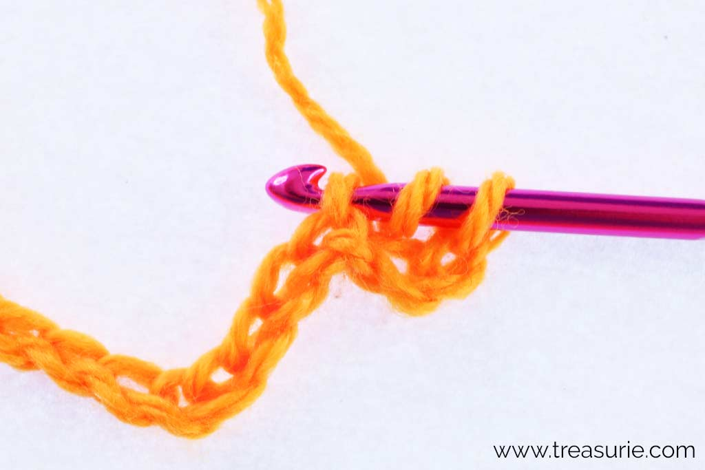 How to Half Double Crochet - Insert into Chain