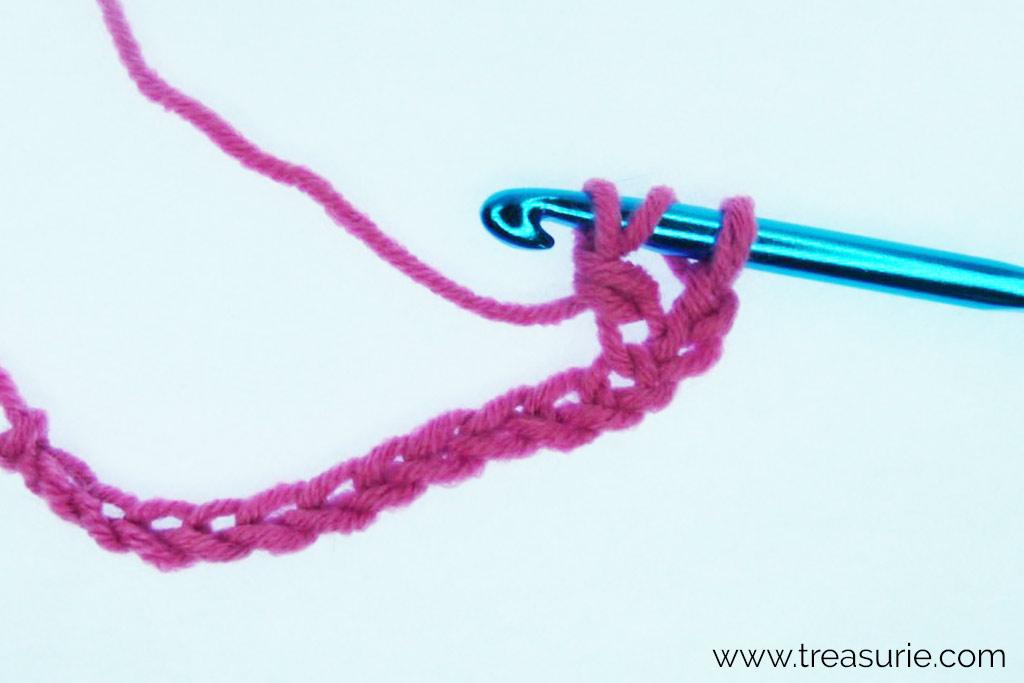 Half Treble Crochet - Row 1