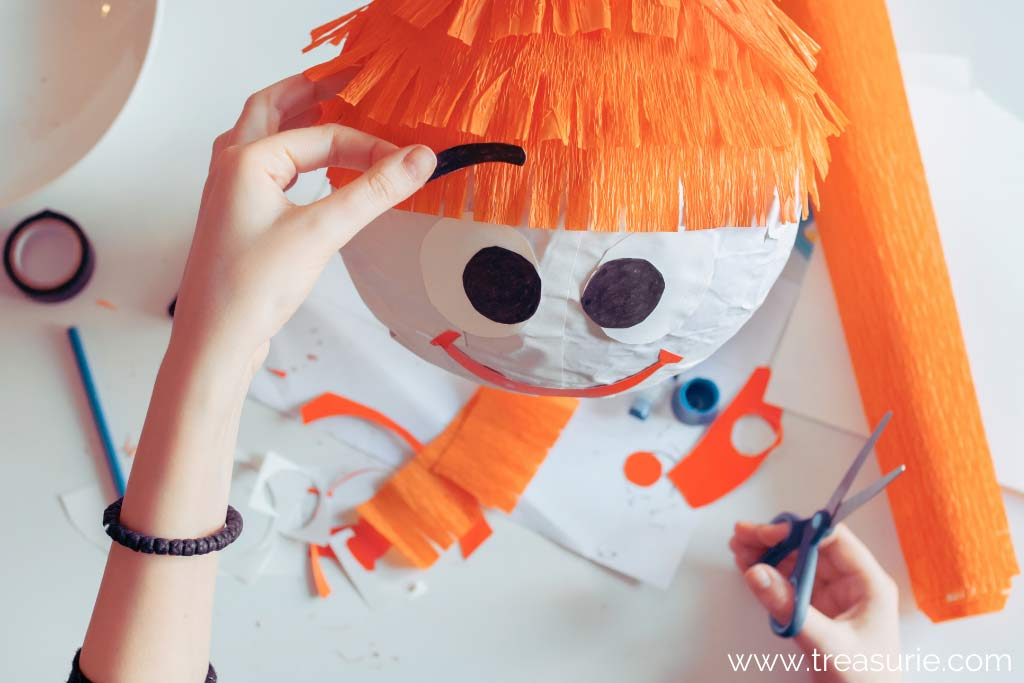 How to Make a Paper Mache Pinata that is Round