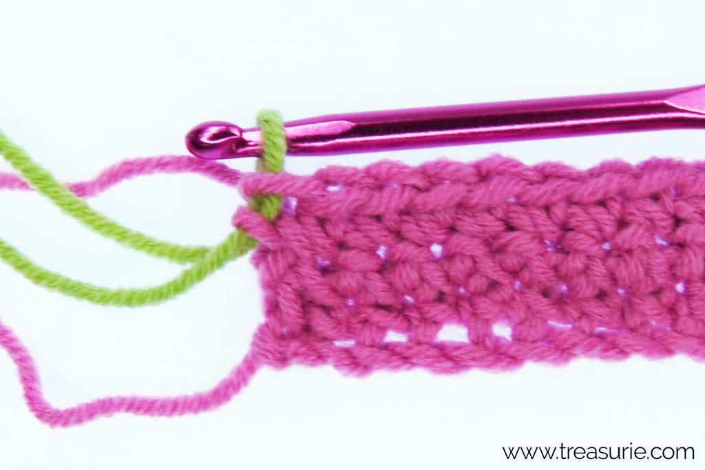 How to Change Yarn in Crochet - Simple Method