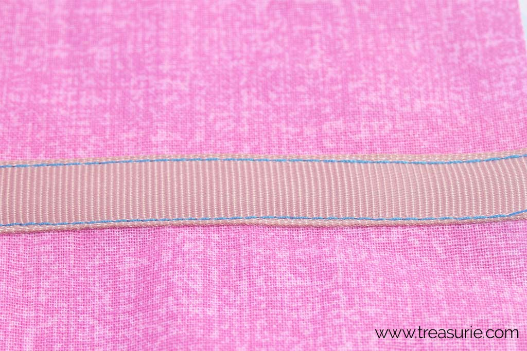 How to Sew Ribbon with a Machine