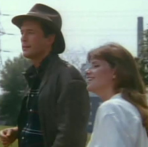 War of the Worlds: Jared Martin and Lynda Mason Green as Harrison and Suzanne