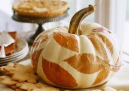 pumpkin-decorating-100010094v2