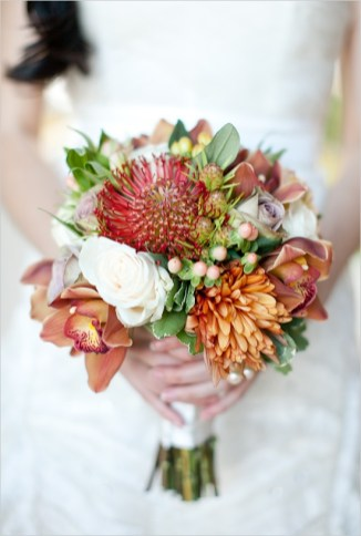 stunning-fall-wedding-bouquets-42