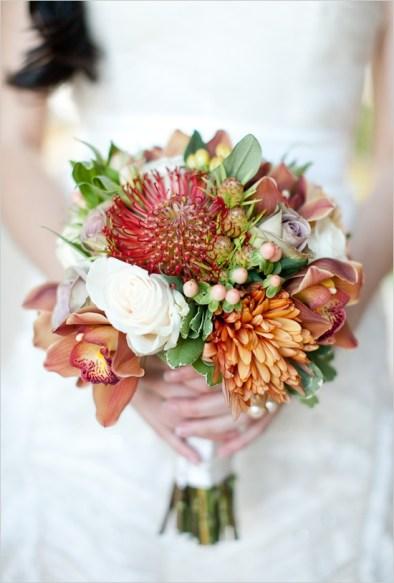 stunning-fall-wedding-bouquets-42