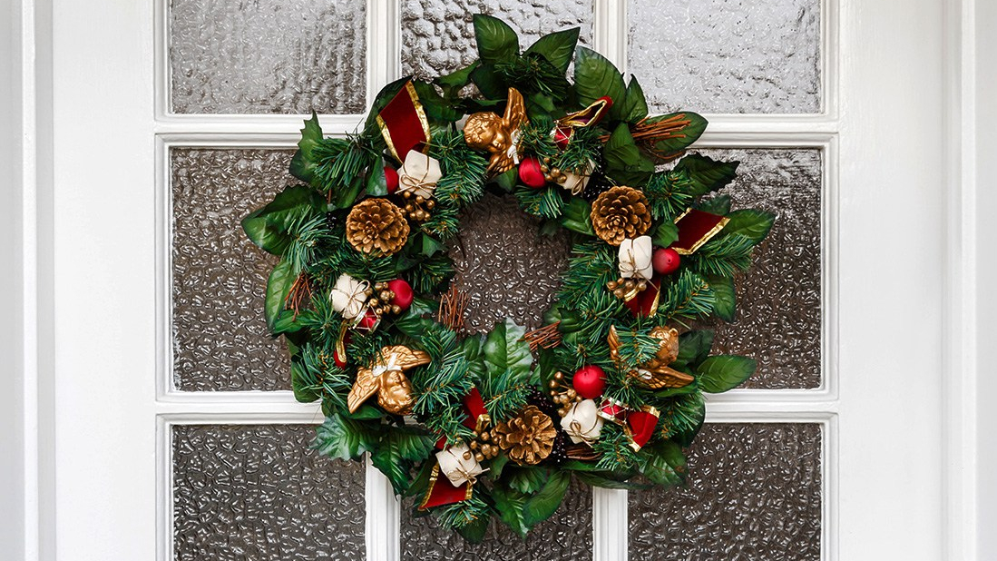 Guide on How to Make a Wreath