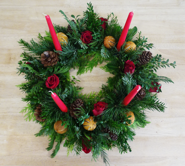 Christmas Advent Wreath.png