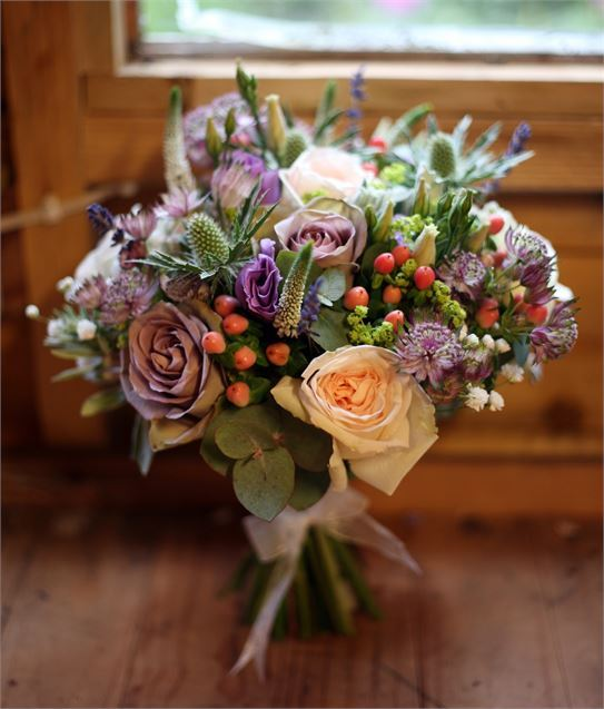 Pretty Lilac and Peach Flowers