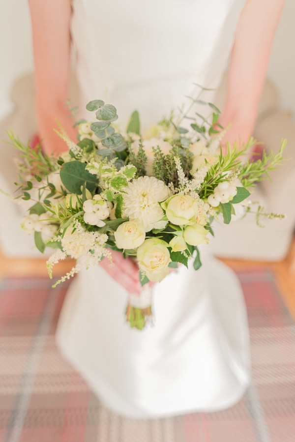 A elegant, classic bouquet with fragrance