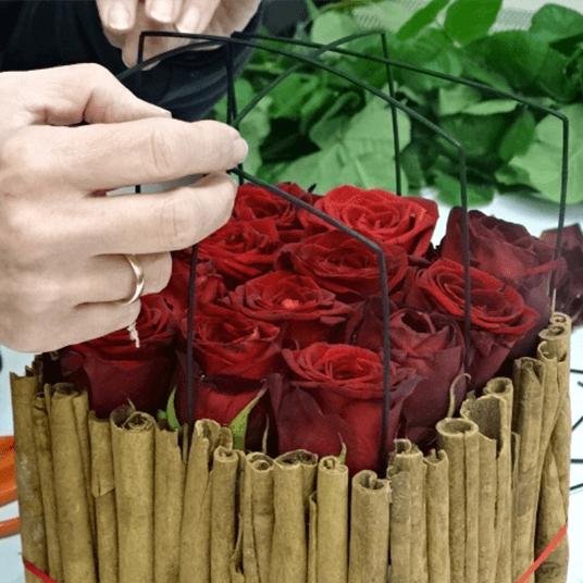 DIY Cinnamon Festive Design
