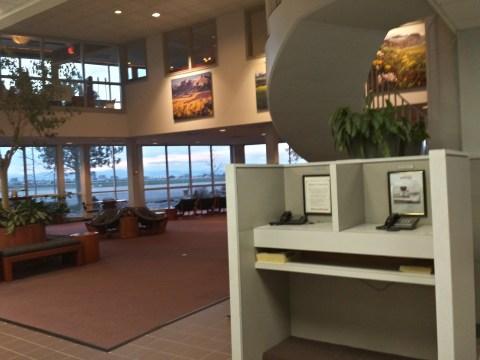 Centennial Airport - Lounge