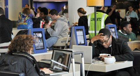 Find great airport Wi-Fi at iPad stations at JFK
