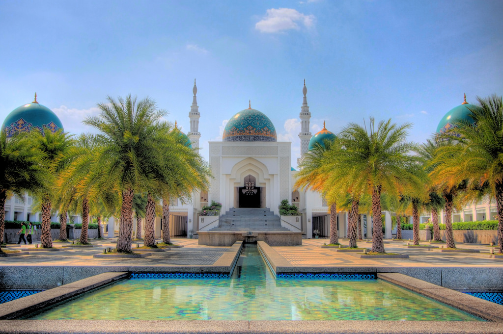 During your visit to Malaysia, make sure to explore Al-Bukhary Mosque
