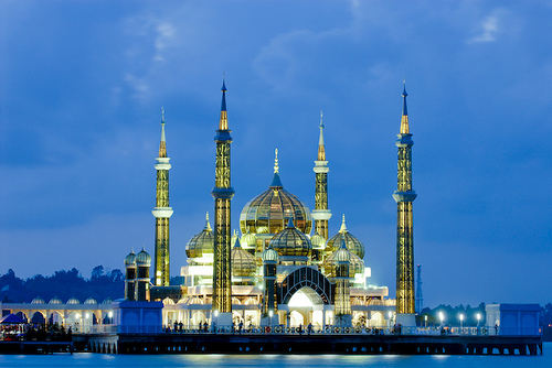 During your holiday in Malaysia, head to Terengganu and visit this stunning mosque