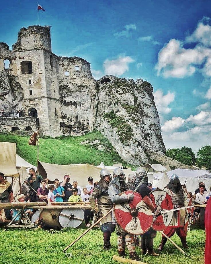 Ogrodzieniec Castle Activities