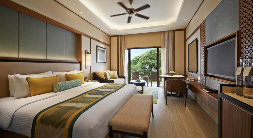Penang Travel Guide - Best Places to Stay: Shangri-La's Rasa Sayang Resort