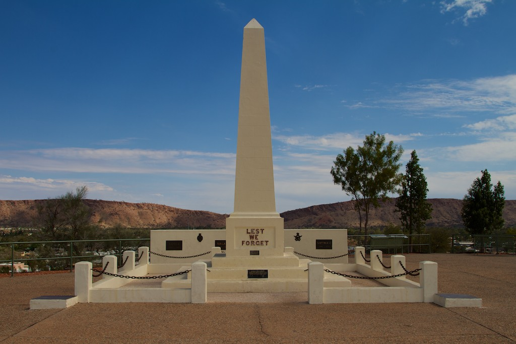 Statue at Alice Springs hill.